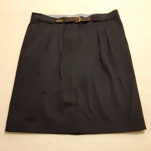 Henry Cotton's navy blue soft cotton skirt